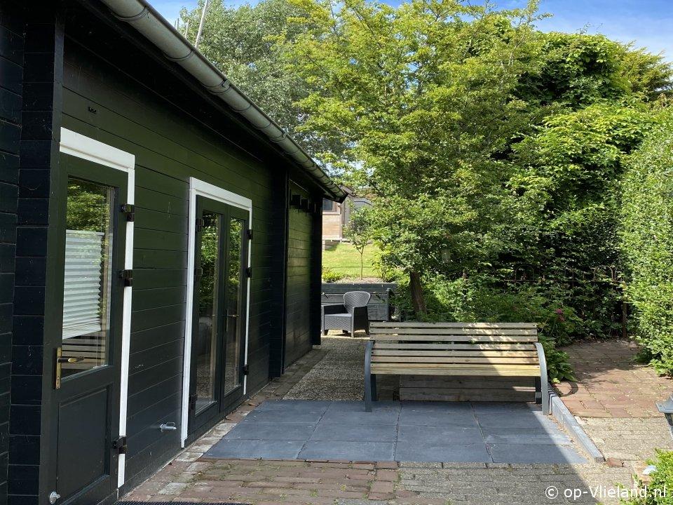 BuitenGewoon, Vrijstaand Zweeds huis voor 4 personen met tuin in het dorp