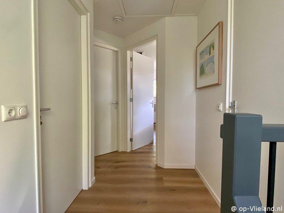 Margriet, 6 persoons huis met houtkachel en beschutte veranda