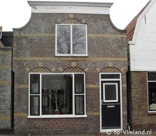 Klik hier voor meer informatie over Vakantiehuis Dorpsstraat 128